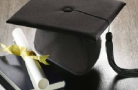 澳洲一年研究生期间学费与生活费加起来多少刀?