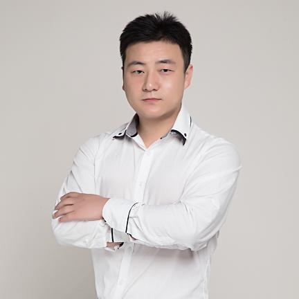 留学360欧亚白金级顾问 周雨仙老师