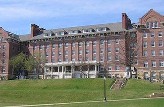 洛拉斯学院