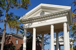 北卡罗莱纳大学威尔明顿分校