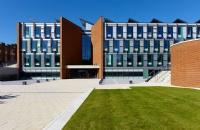 英国萨塞克斯大学院系设置