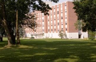 东斯特劳斯堡大学