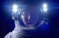 泰国搞笑逐梦广告《愿望橱窗》:假如生活给了你一耳光!