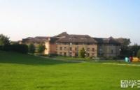新白金汉大学VS利兹贝克特大学