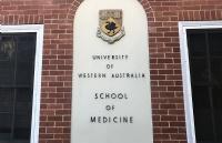 西澳大学医学院