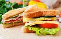 """这里有个""""三明治""""不能吃的那种 但是对英国留学很有用"""
