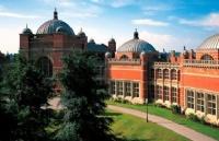 官宣!英国伯明翰大学明年接受中国高考成绩!可以直申本科了!