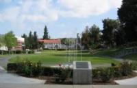 惠蒂尔学院 一所气候好学生福利好的大学