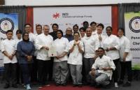 世界厨师协会大厨Rick Stephen博士在英迪大学主持烹饪大会,INTI酒店管理学生受益匪浅