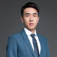 立思辰留学英国留学规划师 杨济铭老师