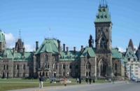 选择加拿大留学的这些事情要注意!