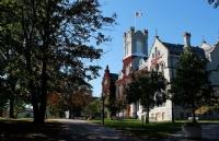 加拿大排名强势的几个大学与专业