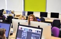 带你走进英国创意艺术大学,感受创意教育!