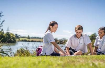 新西兰ACG教育集团到访合肥公司