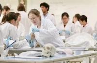 加拿大医学院申请,成为一名医生到底有多难?