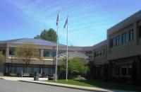 气候舒适,空气好,加拿大枫树岭教育局第42学区,你的不二之选!