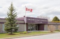 听说加拿大皇后大学旁边有个教育局,你可知道?