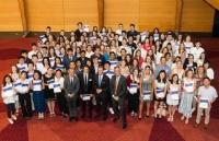 太轰动!澳洲高考放榜,华人学生斩下24个单科状元!横扫本地学生,他们都在这了!