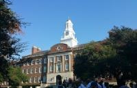 南卫理公会大学的地理位置极佳、师资力量非常的雄厚