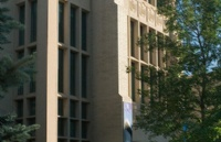 加拿大皇家山大学