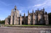 一所英国大学可以同时申请两个专业吗?