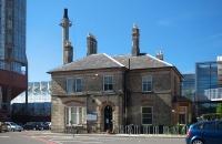 英国留学莱斯特大学商学院课程设置及入学要求