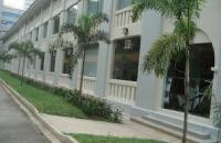 去新加坡莱佛士设计学院,学习最ing多媒体设计专业