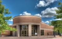 选择蒙特埃里森大学的理由是什么?