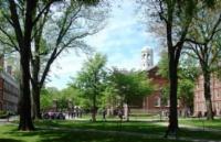 """又一所美国大学""""喜提""""歧视诉讼,还是公立的!"""