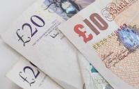 家里有矿才能去英国留学?这些方法减轻经济压力