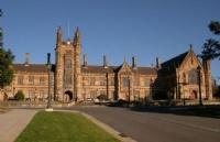 南昆士兰大学积极谱写中澳教育合作新篇章!