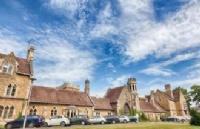 英国圣玛丽大学学院热门专业介绍及就业方向