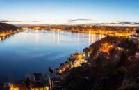 背靠青山,面向大海,这就是纽芬兰纪念大学!