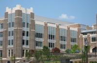 踏入杜克大学医学院那一刻,你将是全世界最美的白衣天使!