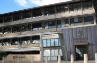 稳居世界排名前100的年轻大学之列!莫道克大学就是你的潜力股,年轻也可以有高成就!