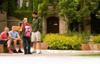 加拿大留学新生福利!你离你的梦校还有多远?