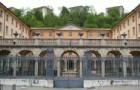 著名的汉诺威音乐和戏剧学院的课程设置是怎样的?