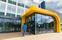 英国领先的多元文化学院之一!彼得伯勒地区学院