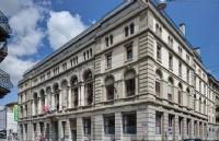 恺撒里兹酒店管理大学双学位认证课程