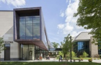 齐同学GPA偏低成绩一般通过我们制定完美方案成功申请西安大略大学