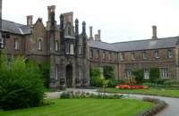 为什么选择英国约克圣约翰大学留学,看这就懂了!