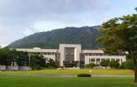 韩国留学是选择公立院校还是私立院校?