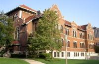 芝加哥洛约拉大学:我们低调,不代表我们平凡!