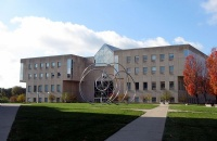 几大学府合并为一,给你翻倍的福利享受!――印第安纳大学与普渡大学印第安纳波里斯联合分校