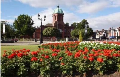 英国皇冠最新2登陆网址|免费注册打工|提赛德大学的学生们除了餐厅,还有哪些意义的兼职?