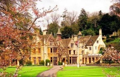 英国留学热门专业|全球Top 50的历史专业学什么?