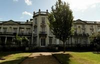 英国罗汉普顿大学具备世界级水准学习机构!