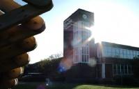 留学格林多大学|紧跟潮流与先进领域的英国名校!