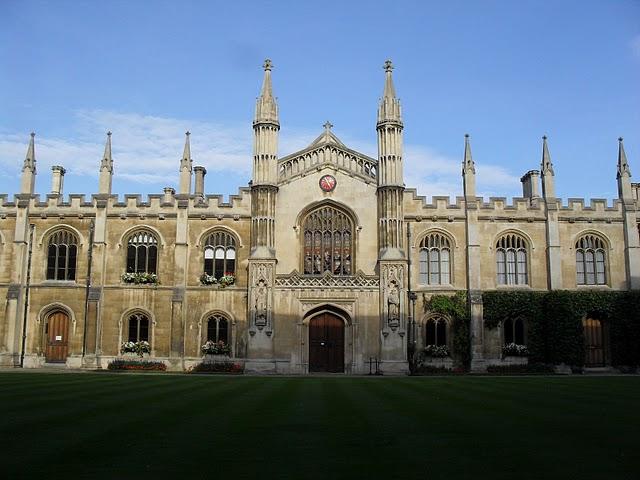 高考分数线已出!这些途径让你高考后顺利留学英国