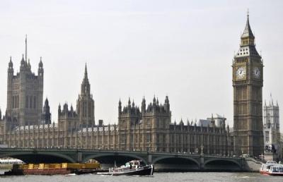 留学英国成热点,有何趋势变化?